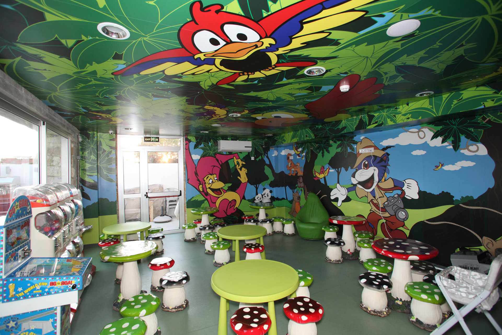 Bubble Park – Jungle Room