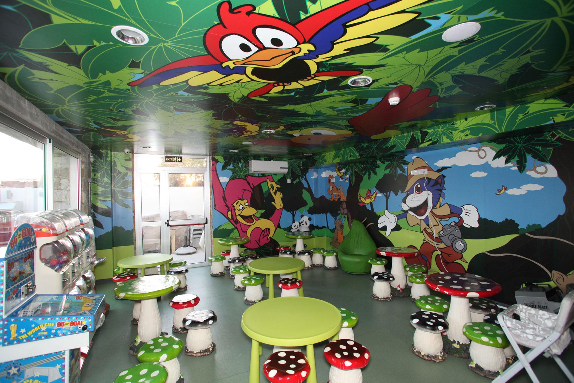 Bubble Park – Jungle Room